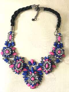 Statement necklace Zara