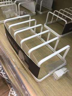 碟/蓋 分隔架 Plate Rack(金屬包膠)白色、全新!購自銅鑼灣「實惠」原價$55.9 現售$45‼️#kichen ware #table top