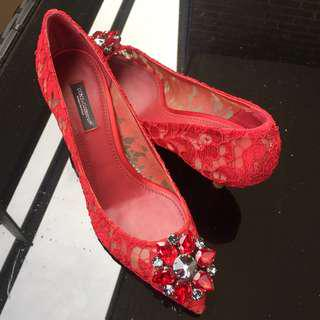 Dolce & Gabbana Red Bellucci In Taormina Lace with Cristal Pumps size 7/37