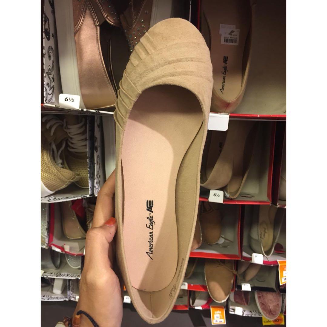 283951b245e2 American Eagle Flatshoes Payless