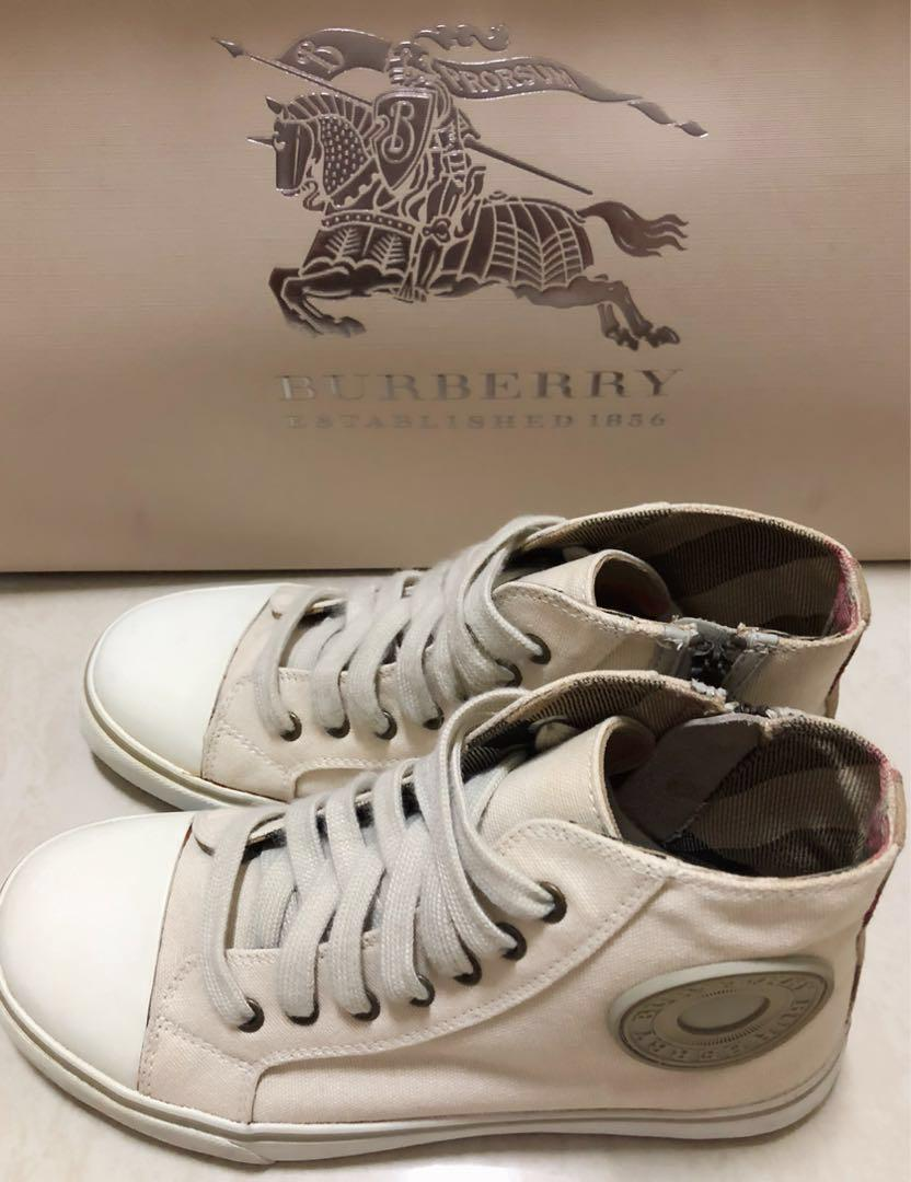 [專櫃正品]經典BURBERRY帆布鞋✨折讓價3500✨