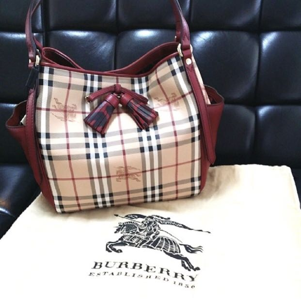 ad574945db62 Burberry Canterbury Check Tote with Tassel Bow Haymarket