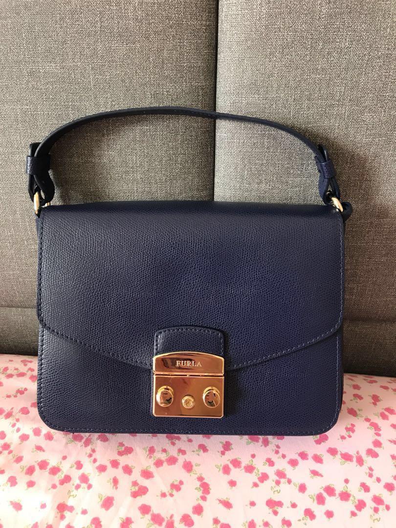 488e121f7d Home · Women s Fashion · Bags   Wallets · Handbags. photo photo ...