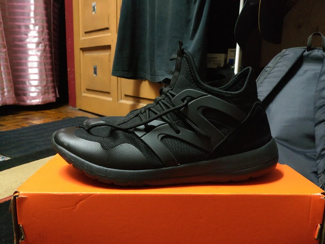 a06eb453db0 Metrix Sports shoes, Men's Fashion, Footwear, Sneakers on Carousell