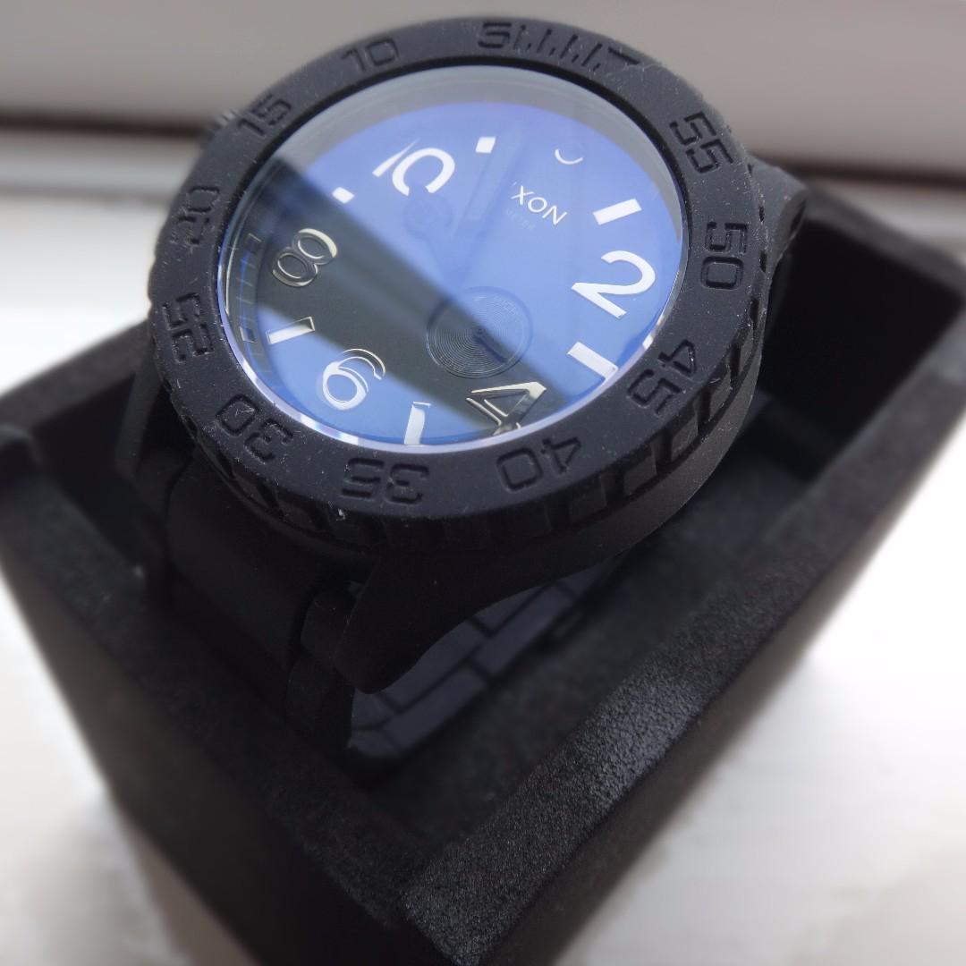 (NEW) Nixon Watch pure Black Edition