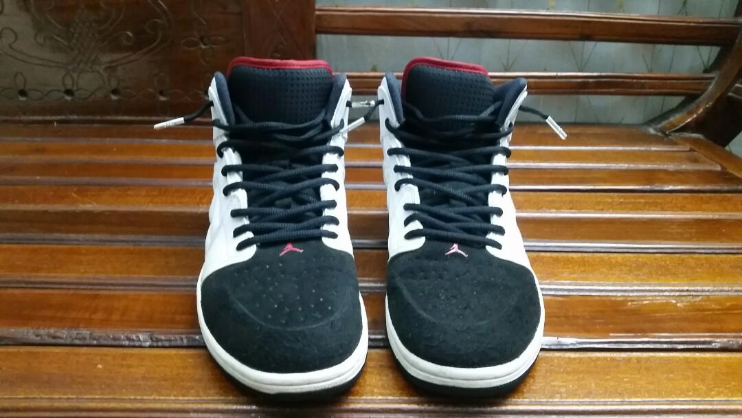 d634a600bc78 Men s Nike Air Jordan 1 Retro 99
