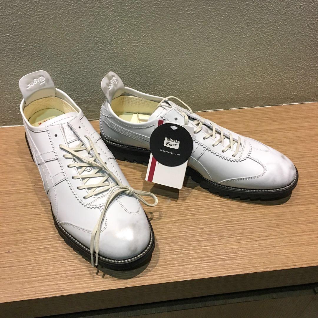 the best attitude 6d1bd 59880 Nike Womens Benassi JDI Sliders Slip On Slides Pool Sandals White   Silver  Sandals