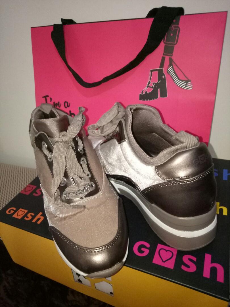 Preloved sepatu gosh df6ad47687