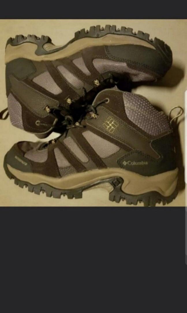 0389995dee3 *URGENT SALE*columbia hiking boots