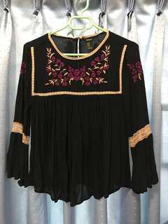 FOREVER 21 3/4 Sleeve Black Blouse (Preloved)