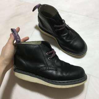 Dr martens manton boots