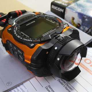 Action Camera Tangguh Ricoh WG-M1 sangat mulus