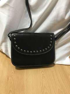 BN Black Sling Bag