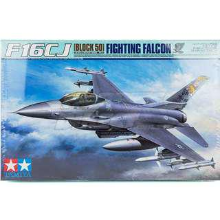 BNIB Tamiya 1/32 F-16CJ Block 50 Fighting Falcon + many aftermarket extras