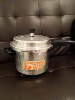 Wrought Aluminum Pressure Cooker