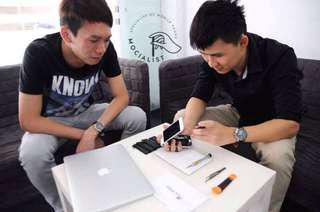 (FREE) Doorstep iPhone Repair! Pm Us Quick!