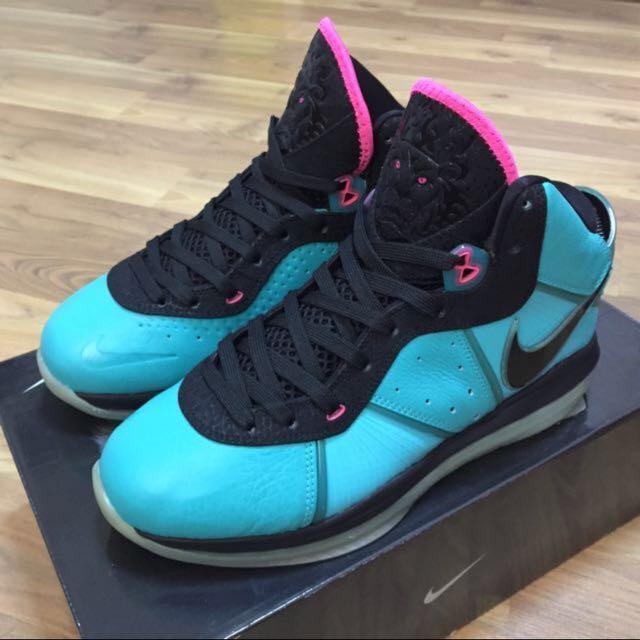 watch f6d6b e3fc2 100% Authentic Nike Lebron 8 V 2