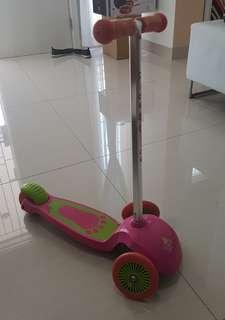 ELC Scooter (Used & need to change the wheel part)