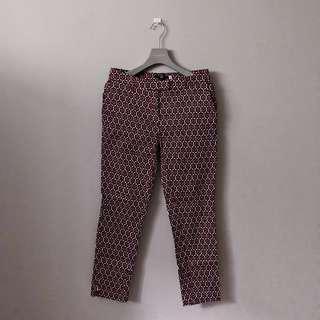 H&M PATTERNED PANTS.