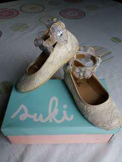 Ecru/ beige girl's shoes