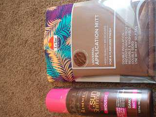 Rimmel tanning mousse and Le Tan application mitt. NEW never opened.