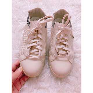 Fashion Sneakers / Sports Shoes #under90
