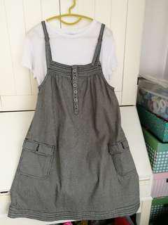 Cute pinafore