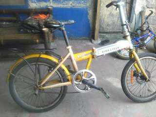 Sepeda lipat second merk viva cycle