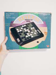 Vintage Reversi Magnetic Game [Two Players]