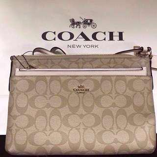 COACH leather crossbody 💯% authentic