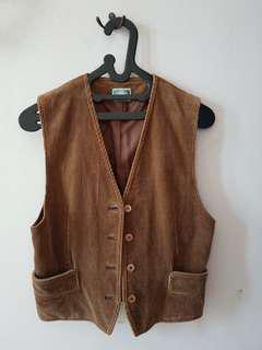 #MauIphoneX brown vest for women