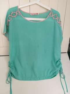 Hush puppies top