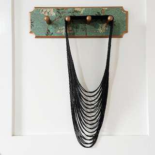 Cascading Beaded Necklace (Black)