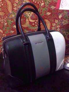 Givenchy Lucrezia