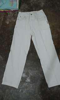Celana Jeans Putih Wanita