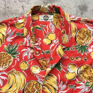 Hawaii shirt merah