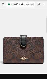 🚚 Brand New Coach Medium Wallet with Corner Zipper
