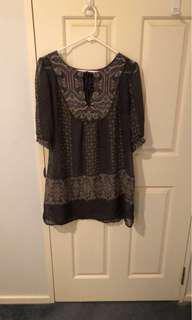 Size 10 Dotti blouse