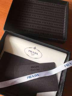 🚚 Prada Wallet Box