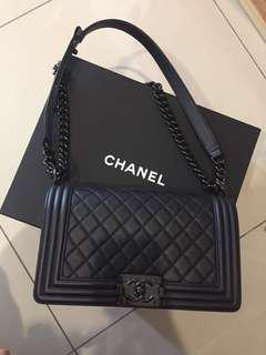 100% Authenthic Chanel (All Black)
