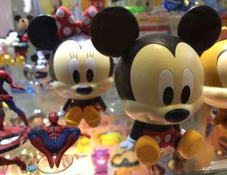迪士尼米奇米妮公仔扭蛋各一共二個 二個一起售