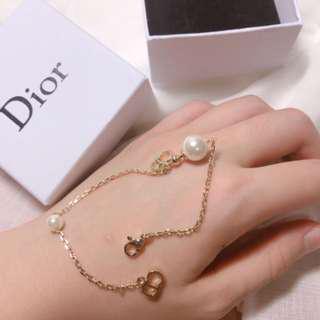 🚚 Dior 珍珠垂墜手鍊