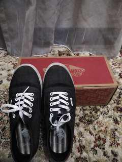 VANS Sneakers - Authentic Lo Pro