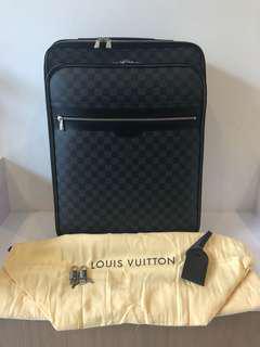 Louis Vuitton pegase 55 graphite
