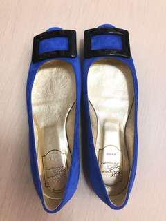*NEW* Roger Vivier Blue Velvet Flats