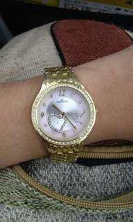 Hallmark wristwatch (gold)