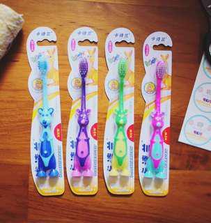 🚚 Goodie Bag Kids toothbrush