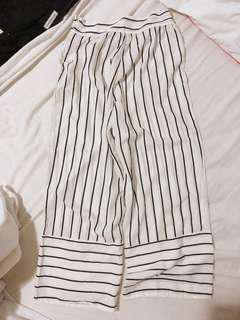 Culottes/wide leg pants - black and white stripe