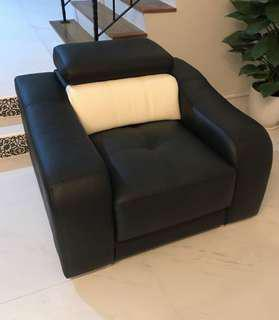 🔥Moving Out Sale🔥Genuine Leather Single Seat Sofa