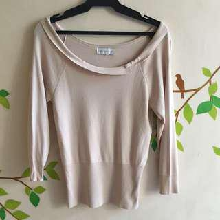 Knitted Long Sleeved Nude Blouse